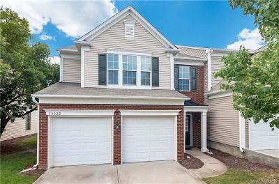 Charlotte Condo/Townhouse For Sale: 10022 Blakeney Preserve Drive