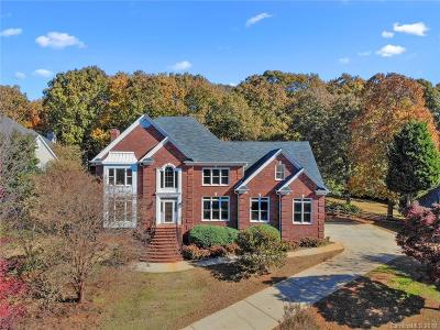 Charlotte Single Family Home For Sale: 5418 Chiltern Hills Trail