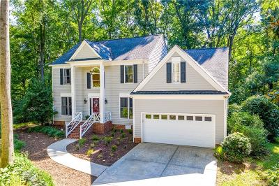 Huntersville Single Family Home For Sale: 8703 Twin Trail Drive