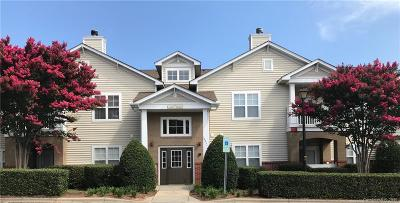 Condo/Townhouse Under Contract-Show: 16941 Doe Valley Court