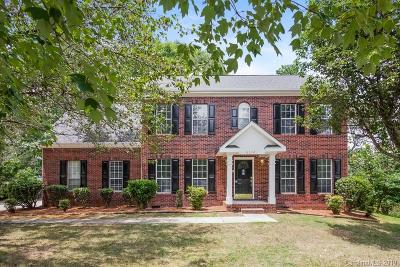 Mecklenburg County Single Family Home For Sale: 6112 Tesh Court