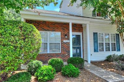 Charlotte Condo/Townhouse For Sale: 15105 Deshler Court