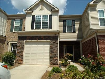 Charlotte NC Condo/Townhouse For Sale: $293,000