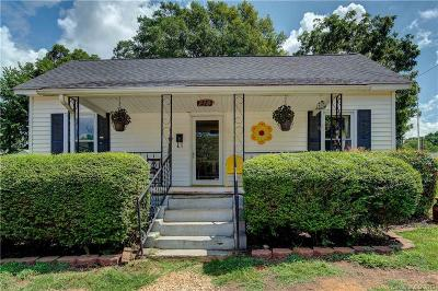 Mooresville Single Family Home For Sale: 214 E Pressley Avenue #7