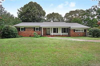 Charlotte Single Family Home For Sale: 1824 Amberhill Lane
