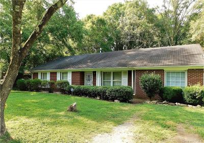 Charlotte Single Family Home For Sale: 5238 Ruth Drive