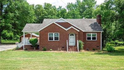 Charlotte Single Family Home For Sale: 5805 Tuckaseegee Road