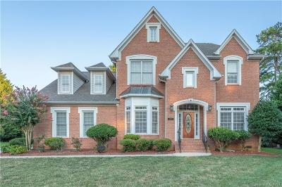 Single Family Home Under Contract-Show: 11443 Bloomfield Drive