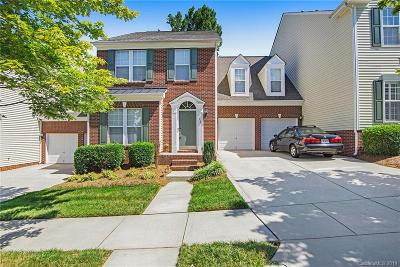 Huntersville Condo/Townhouse For Sale: 9629 Sunset Grove Drive