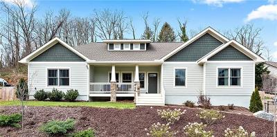 Asheville NC Single Family Home For Sale: $524,900