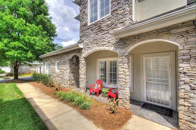 Charlotte Condo/Townhouse For Sale: 3442 Royal Crest Drive