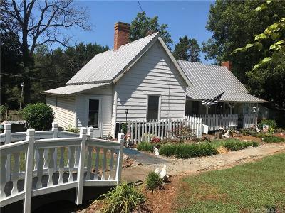 Statesville Single Family Home For Sale: 1828 Safriet Road