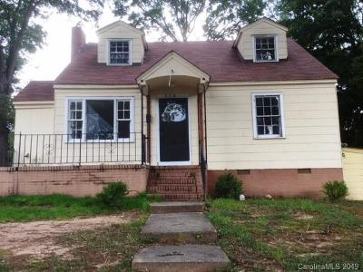 Single Family Home For Sale: 637 & 637 1/2 Cauthen Street