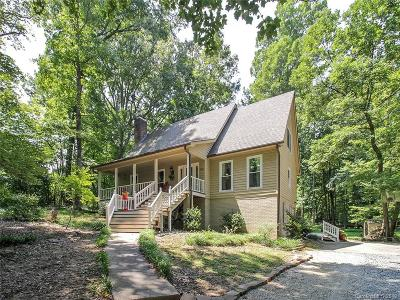 Matthews Single Family Home For Sale: 608 Bubbling Well Road
