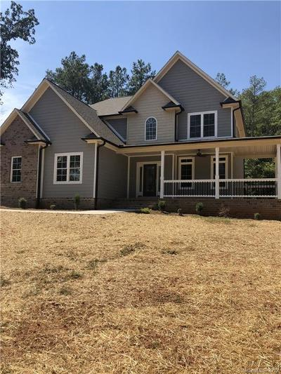 Catawba County Single Family Home For Sale: 6055 Old Shelby Road