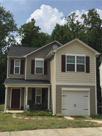 Charlotte Single Family Home Under Contract-Show: 6520 Pennacook Drive #34-37