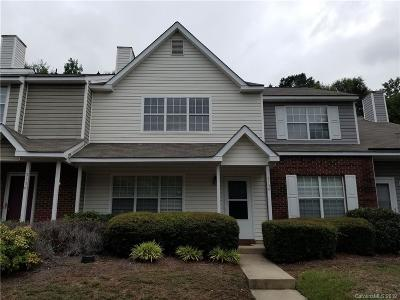 Condo/Townhouse For Sale: 3134 Summercroft Lane