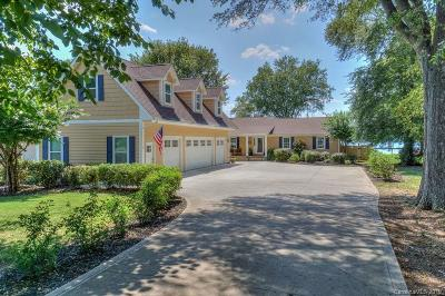 The Point Single Family Home For Sale: 328 Yacht Road