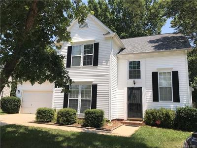 Single Family Home For Sale: 9716 Chestnut Glen Court