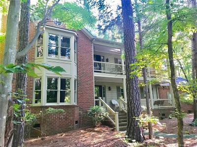 Charlotte Single Family Home For Sale: 5712 Lake Providence Lane