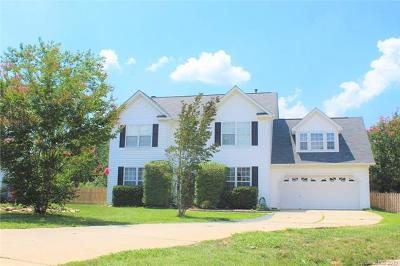 Single Family Home For Sale: 7545 Sparkleberry Drive