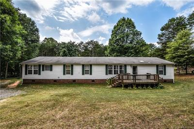 Lincoln County Single Family Home For Sale: 4819 Stratford Lane