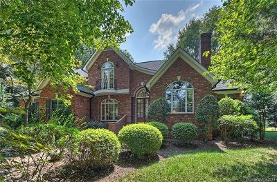 Matthews Single Family Home For Sale: 2915 Divot Court