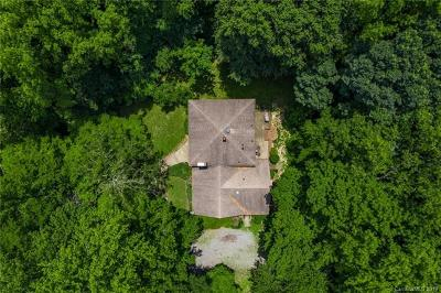 Matthews Single Family Home For Sale: 10616 Idlewild Road