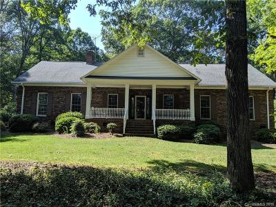 Stanly County Single Family Home For Sale: 7021 Strawberry Lane