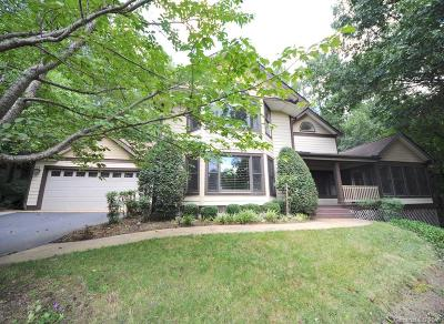 Hendersonville Single Family Home For Sale: 800 Sunlight Ridge Drive