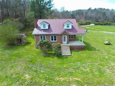 Jackson County Single Family Home For Sale: 3404 Thomas Valley Road