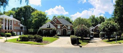 Charlotte Single Family Home For Sale: 8631 Tullamore Park Circle