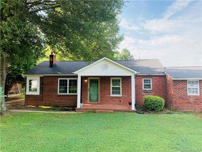Mooresville Single Family Home For Sale: 149 Parkertown Road