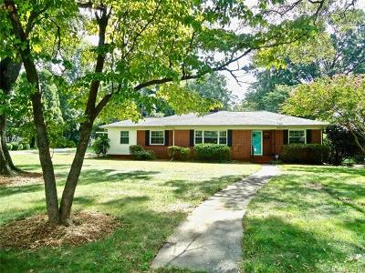 Charlotte Single Family Home For Sale: 1666 Medford Drive