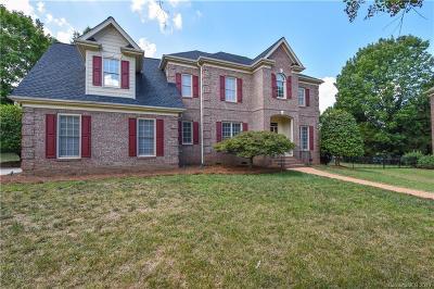 Huntersville, Cornelius, Davidson, Denver, Sherrills Ford, Mooresville, Terrell Single Family Home For Sale: 6204 Glengarrie Lane