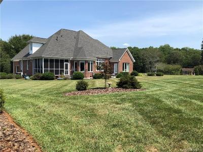 Mooresville Single Family Home For Sale: 166 Canterbury Place Road