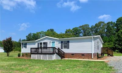 Cabarrus County Single Family Home For Sale: 963 Olde Creek Trail