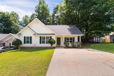 Charlotte Single Family Home For Sale: 6316 Nature Walk Drive
