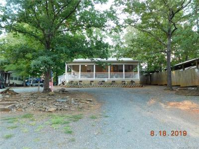 Homes for Sale in Twin Harbour Campground, NC