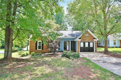 Charlotte Single Family Home For Sale: 11610 Brockley Court