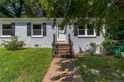 Charlotte Single Family Home For Sale: 2301 Kennesaw Drive