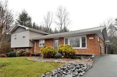 Brevard Single Family Home For Sale: 1371 Asheville Highway