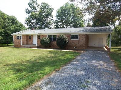 Cleveland County Single Family Home For Sale: 3753 Dixon Boulevard