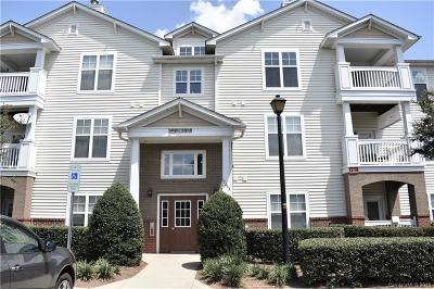Cornelius Condo/Townhouse For Sale: 17255 Doe Valley Court #Unit 172