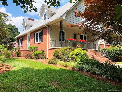 Hendersonville Single Family Home For Sale: 901 Thornton Place