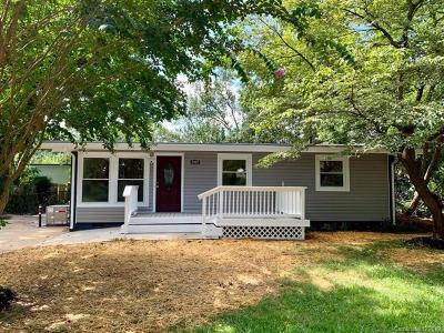 Mecklenburg County Single Family Home For Sale: 5427 Queen Anne Road
