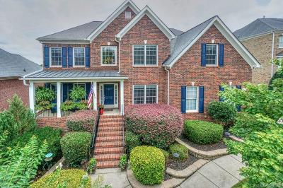 Huntersville Single Family Home Under Contract-Show: 1134 Woodhall Drive