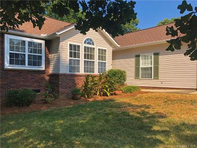 Concord Single Family Home For Sale: 990 Scottland Drive
