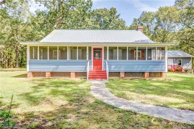 Single Family Home For Auction: 1791 N Rocky River Road