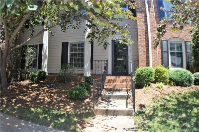 Condo/Townhouse For Sale: 6717 Constitution Lane